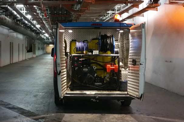 Vehículos especializados en desatoros